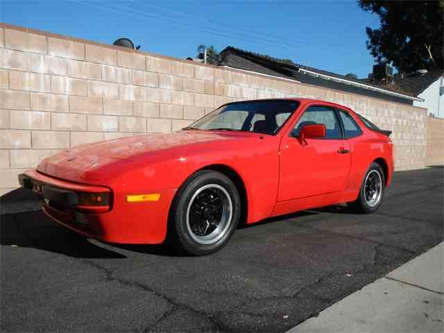 1985 Porsche 944 | 1018898