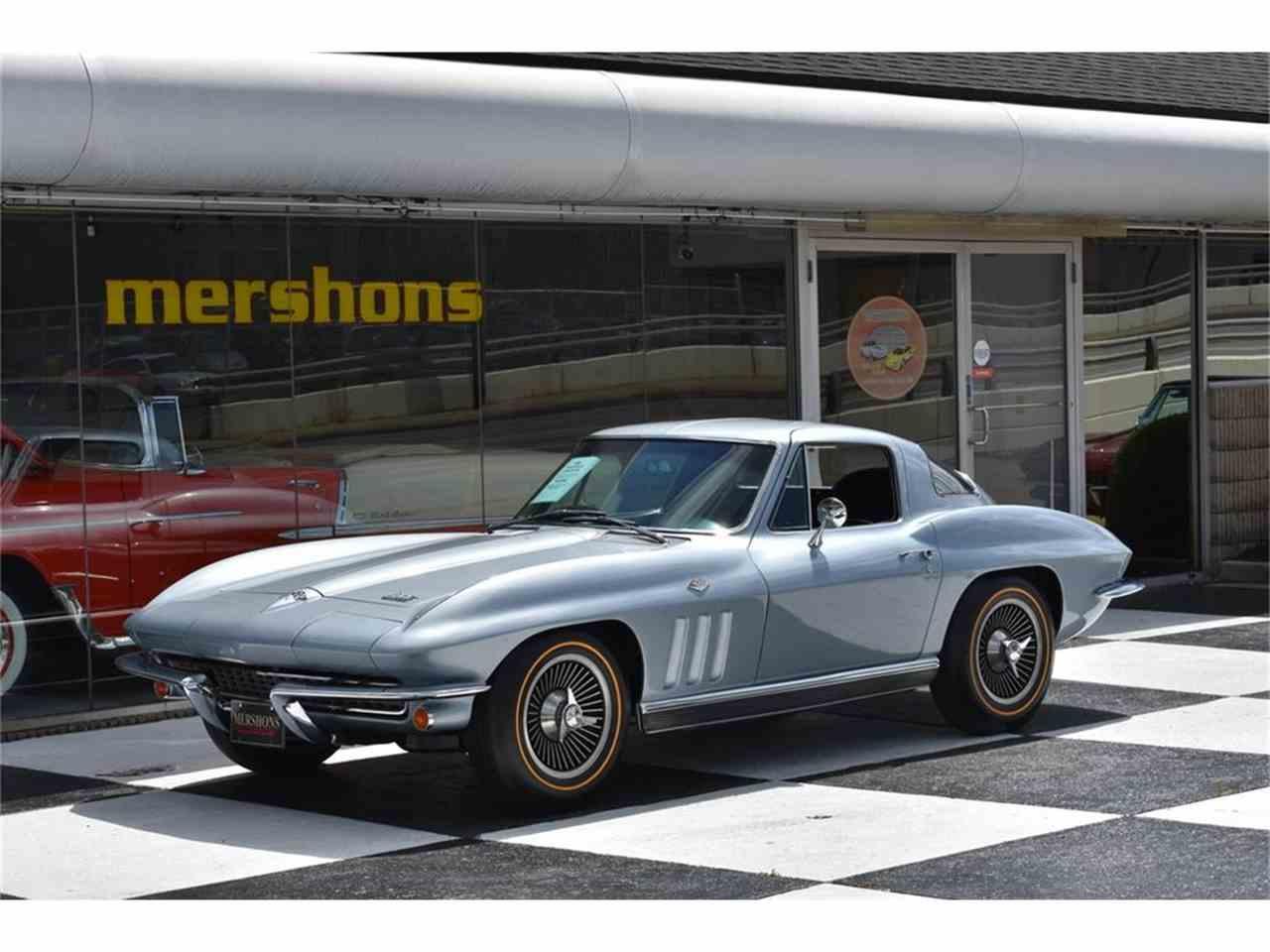 Large Picture of '66 Corvette - LUAX