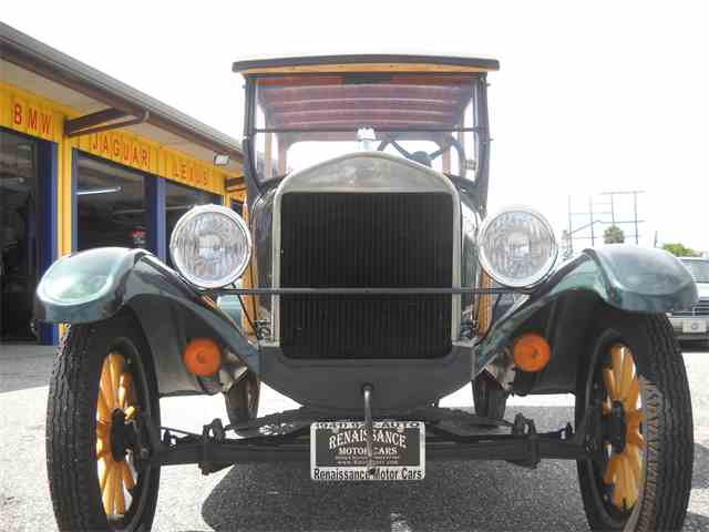 1927 Ford Model T   1019149