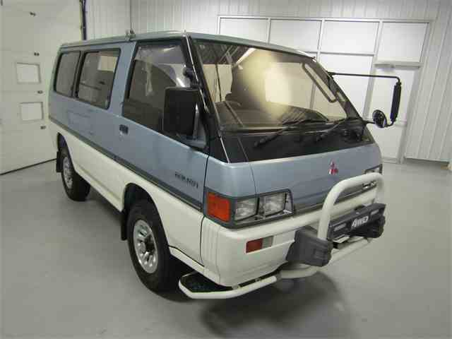 1990 Mitsubishi Delica | 1019370