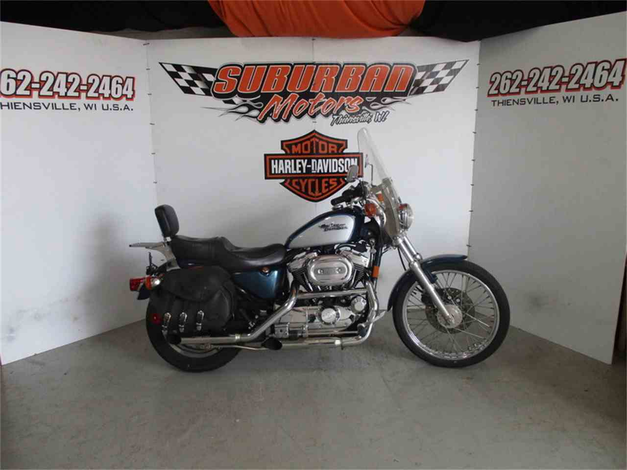 Large Picture of '99 XL 1200C - Sportster® 1200 Custom - LULU