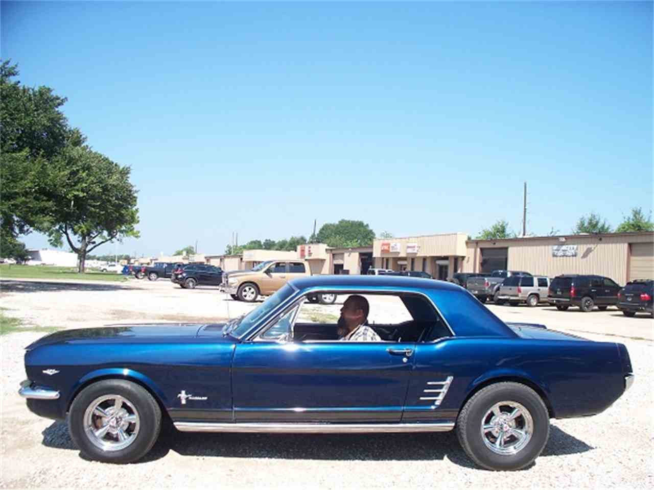 Large Picture of '66 Mustang - LUVY