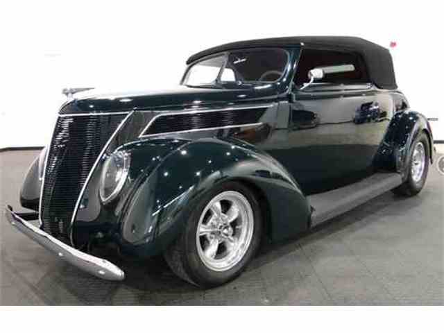 1937 Ford Cabriolet | 1019862