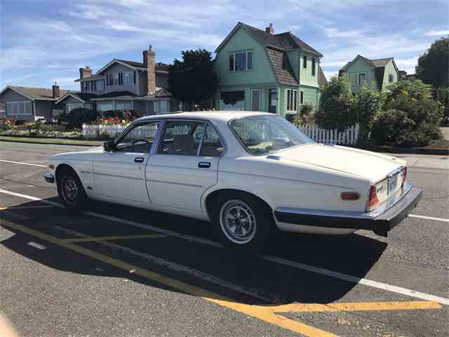 Picture of '87 XJ6 located in WASHINGTON - $6,000.00 - LUXR