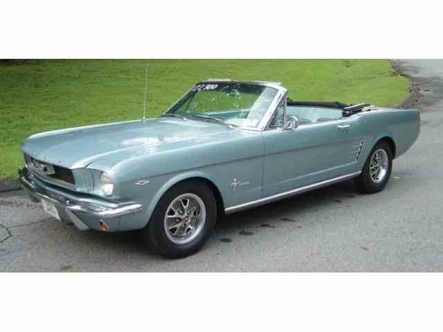 1966 Ford Mustang   1021027