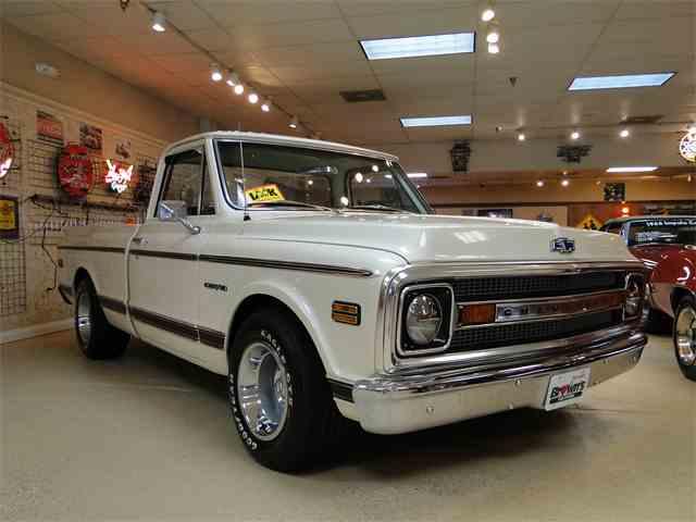 1969 Chevrolet C10 | 1020119