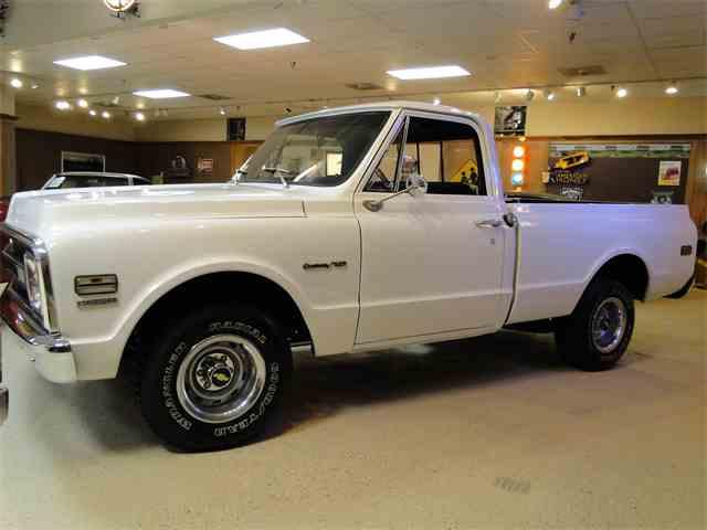 1969 Chevrolet C10 | 1020125