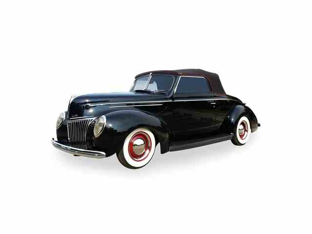1939 Ford Deluxe   1021269