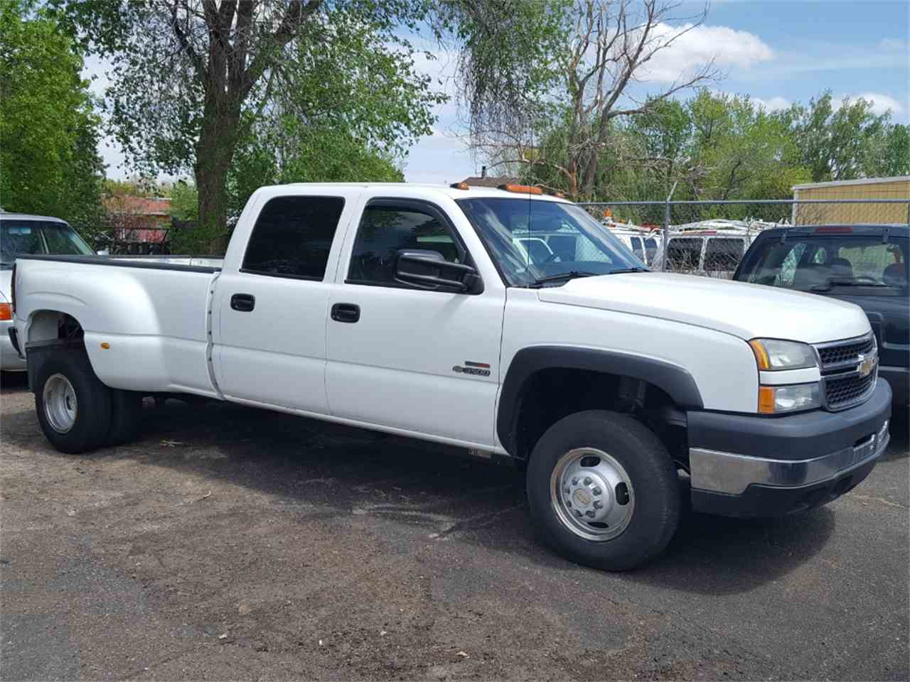 Large Picture of '06 Silverado - LWB1