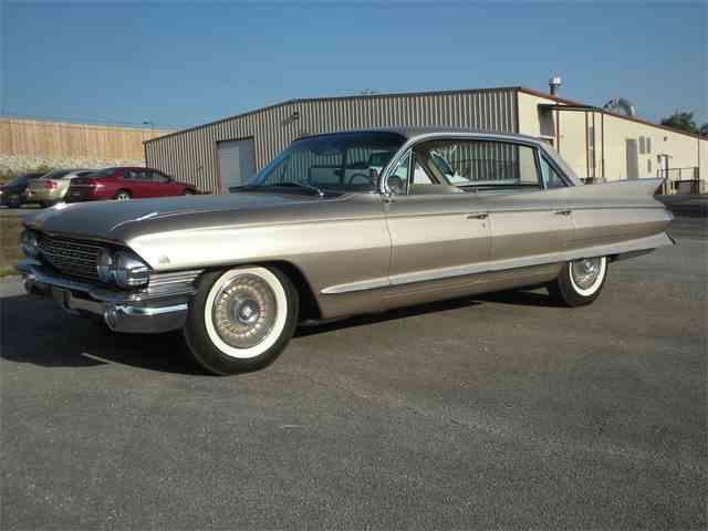 1961 Cadillac 4-Dr Sedan | 1021801