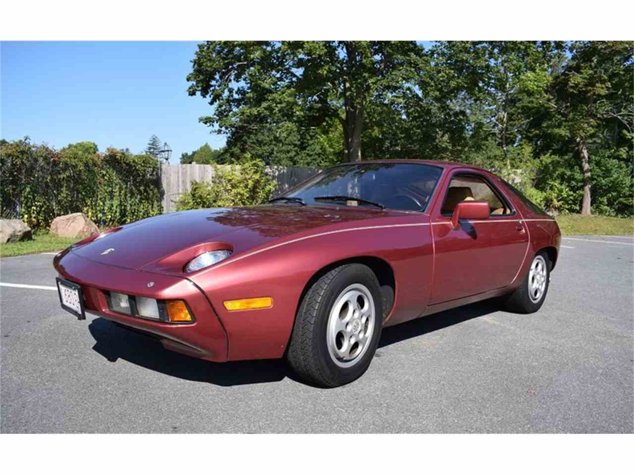 Large Picture of '81 Porsche 928 Offered by Silverstone Motorcars - LWFN