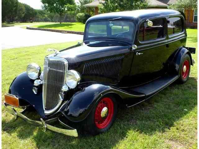 1934 Ford Sedan | 1021817