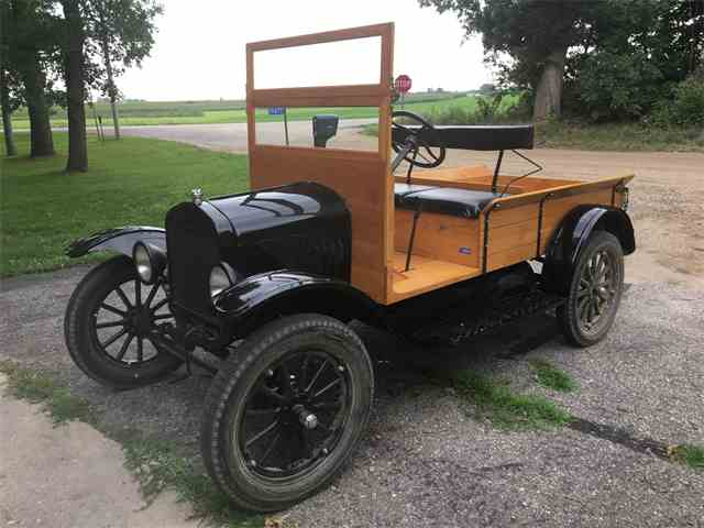 1926 Ford Model T | 1021835