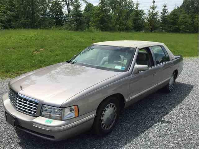 1998 Cadillac DeVille   1021860