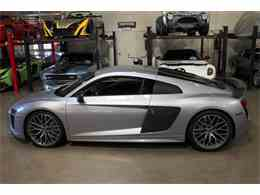 Picture of '17 R8 - LWKX
