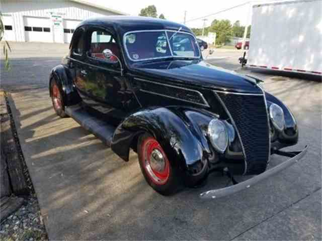 1937 Ford 5 Window Business Coupe | 1022020