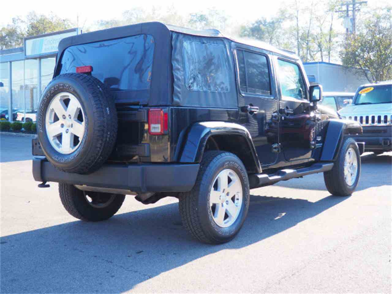 Large Picture of '09 Jeep Wrangler located in Ohio Offered by Cincinnati Auto Wholesale - LWMR
