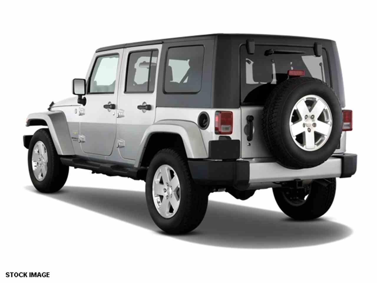 Large Picture of '09 Wrangler located in Loveland Ohio - $17,000.00 Offered by Cincinnati Auto Wholesale - LWMR