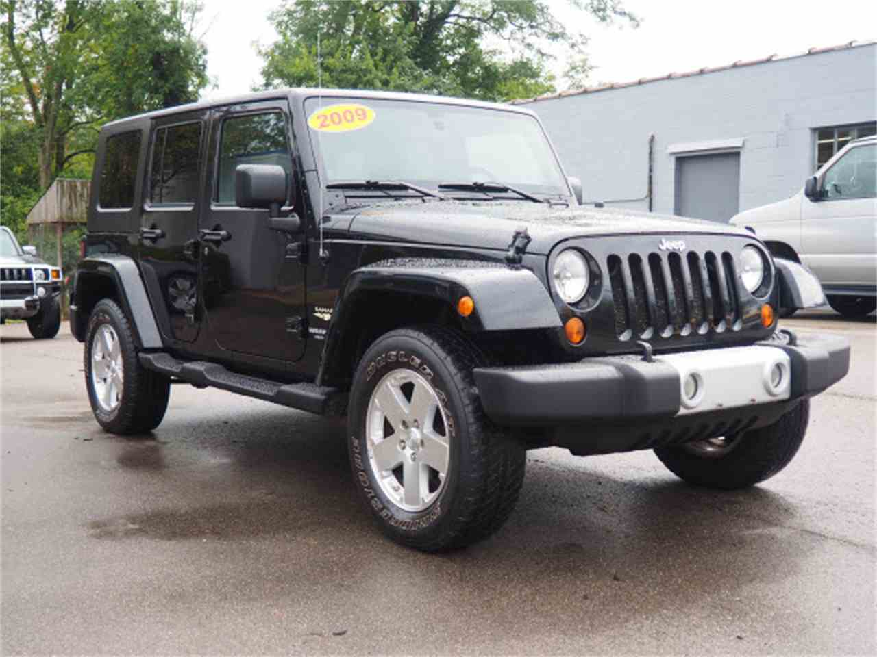 Large Picture of 2009 Jeep Wrangler Offered by Cincinnati Auto Wholesale - LWMR