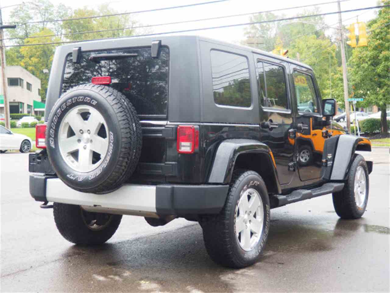 Large Picture of 2009 Jeep Wrangler located in Loveland Ohio - LWMR