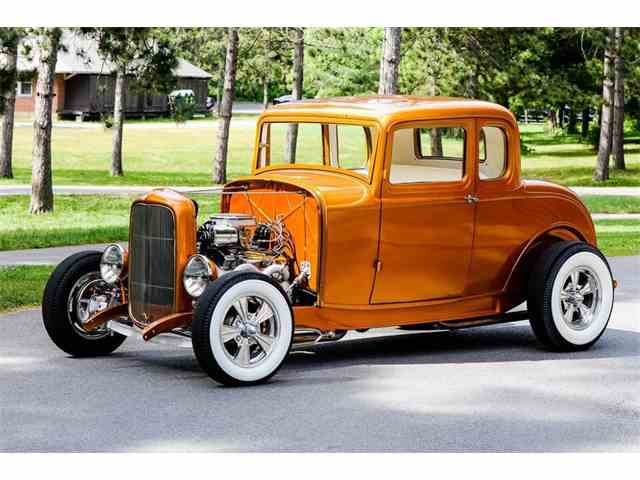 1932 Ford 5-Window Coupe | 1022123