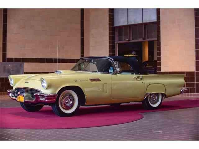 1957 Ford Thunderbird | 1022158