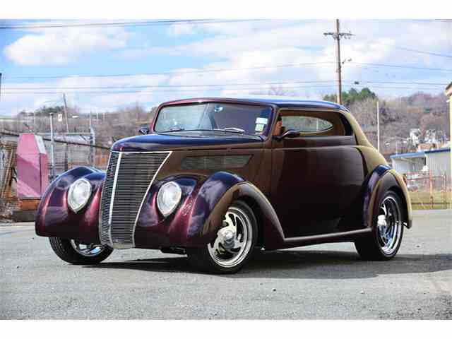 1937 Ford Cabriolet | 1022211
