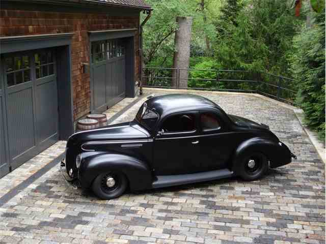 1939 Ford Deluxe | 1022312