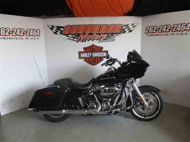 2017 Harley-Davidson® FLTRXS - Road Glide® Special   1022577