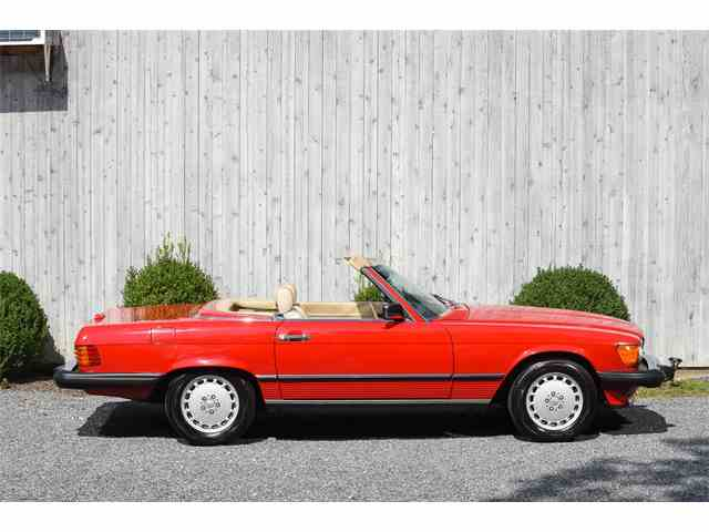 1989 Mercedes-Benz 560 | 1022685