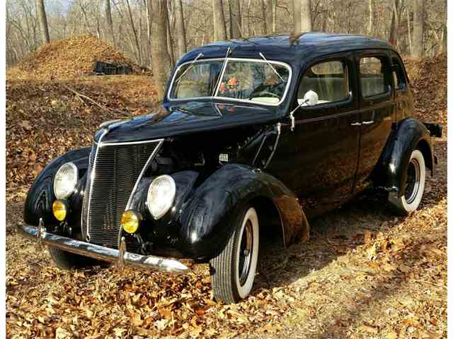 1937 Ford Model 48 | 1022901