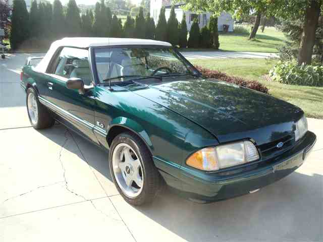 1992 Ford Mustang | 1022913