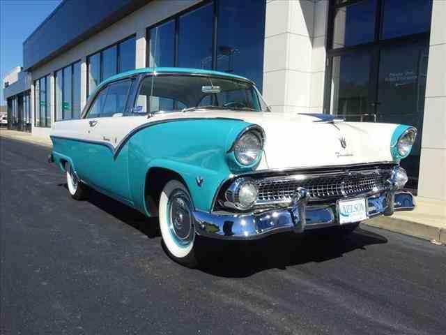 1955 Ford Victoria | 1023188