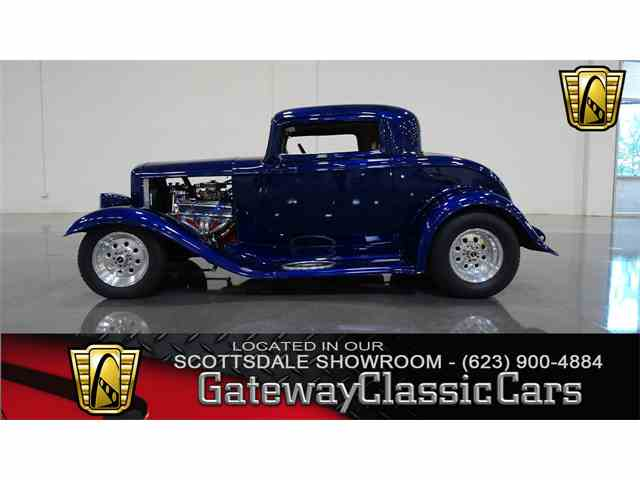 1932 Ford Coupe | 1023305