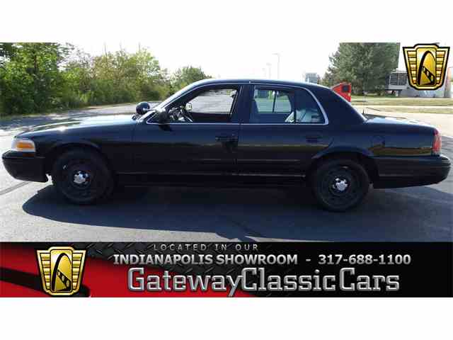 2004 Ford Crown Victoria | 1023317