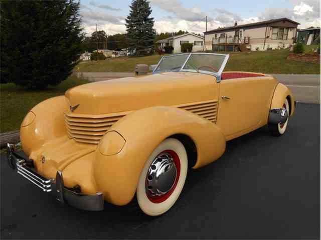 1937 Cord Phaeton | 1023431