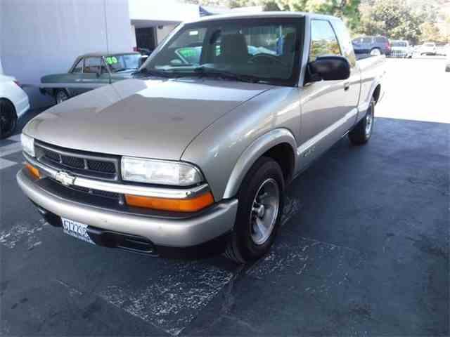 2000 Chevrolet S10 | 1023495