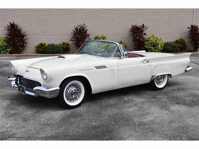 1957 Ford Thunderbird | 1023575