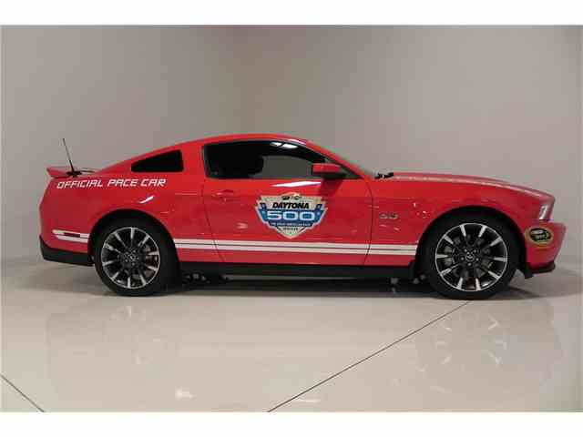 2011 Ford Mustang GT | 1023612