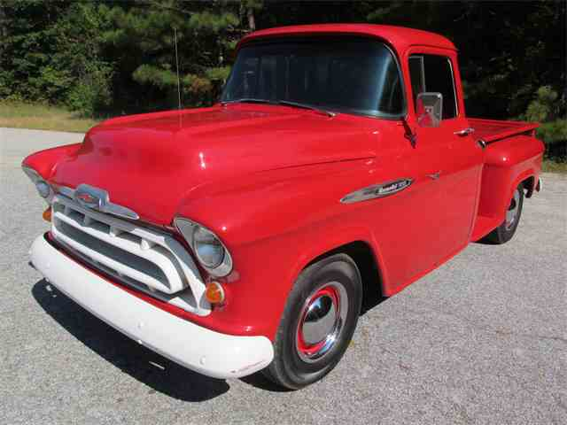 1957 Chevrolet 3200   1023841