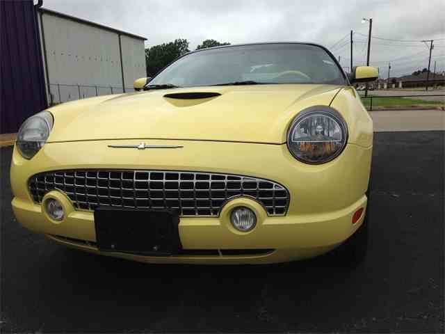 2002 Ford Thunderbird | 1023874