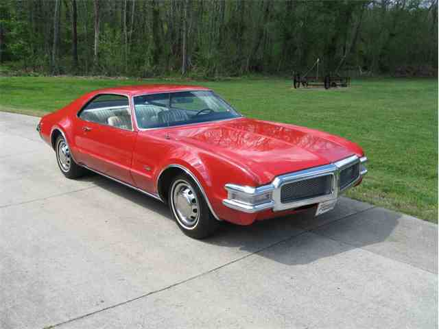 classic oldsmobile toronado for sale on. Black Bedroom Furniture Sets. Home Design Ideas