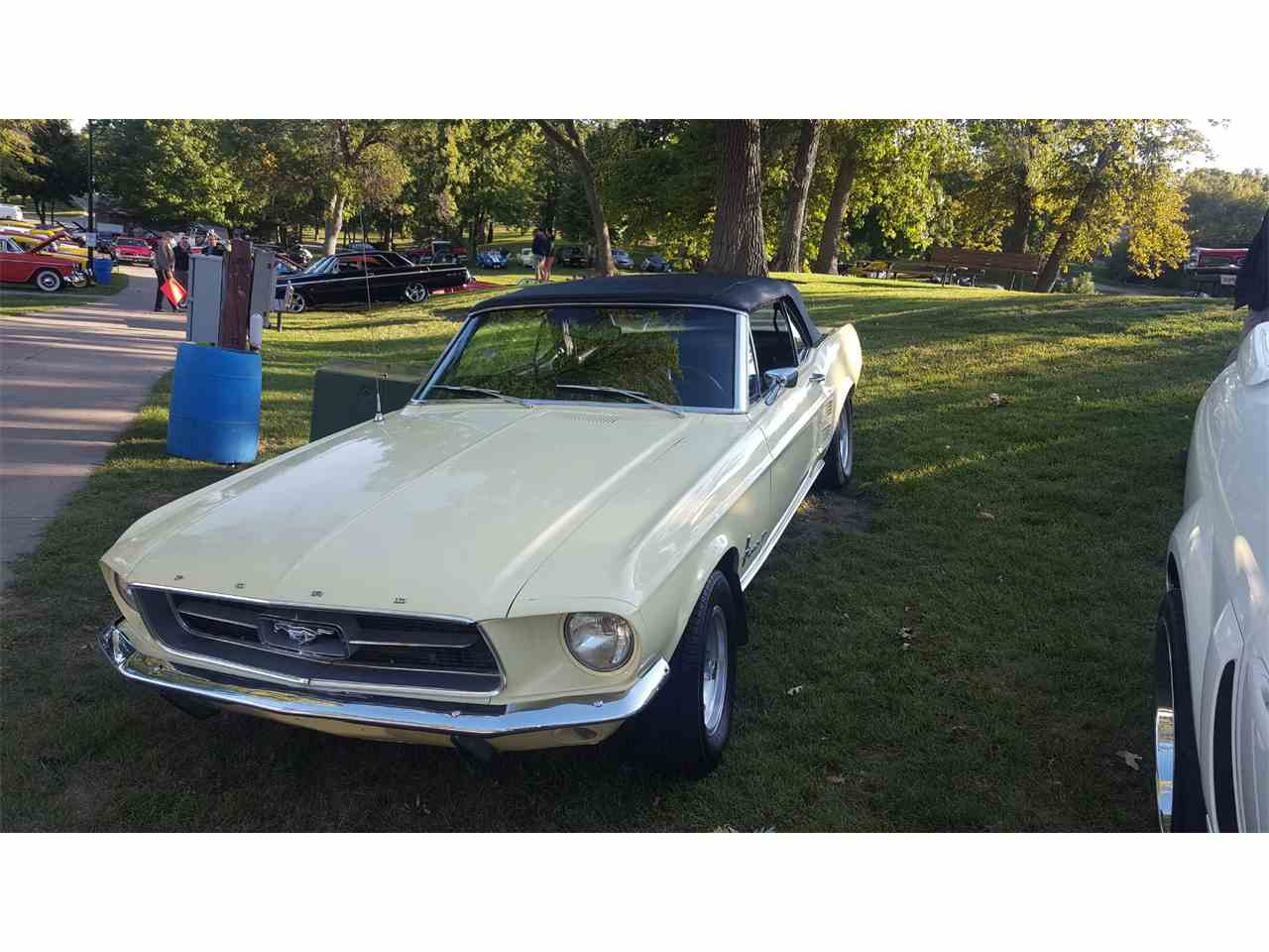 Large Picture of Classic 1967 Mustang - LVCK