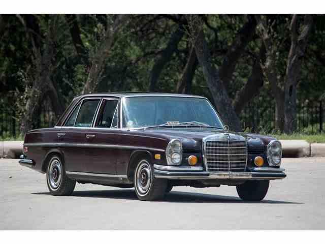1970 Mercedes-Benz 220SE | 1024075