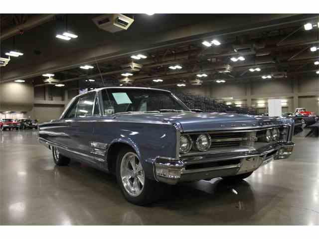1966 Chrysler 300   1024197