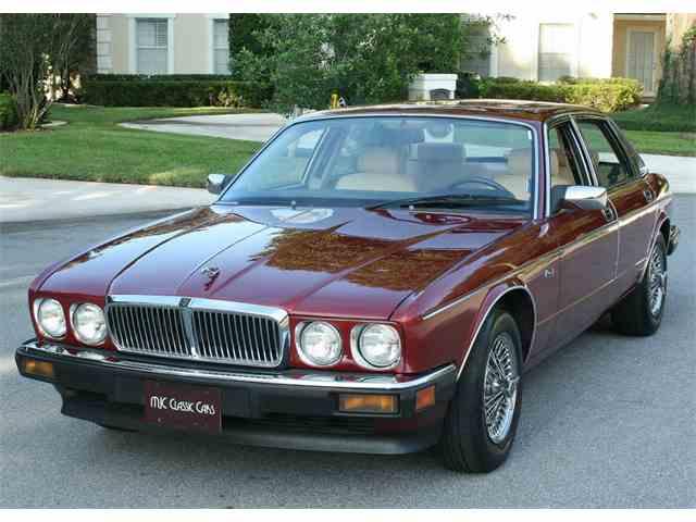 1989 Jaguar XJ6 | 1024249