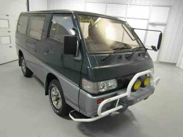 1992 Mitsubishi Delica | 1024303