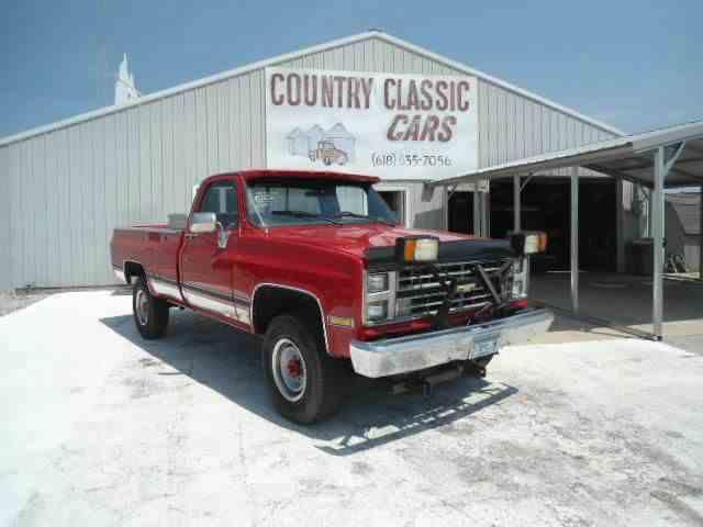 1983 Chevrolet K-20   1024357