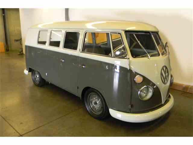 1964 Volkswagen Bus | 1024396