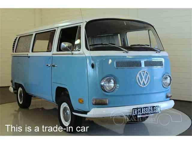 1971 Volkswagen Type 2   1024573
